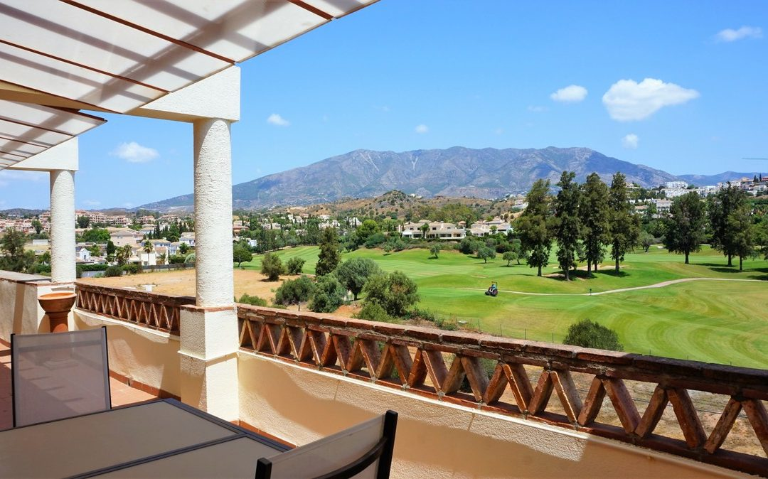 Golf Property for sale on the Costa del Sol by First 4 Property
