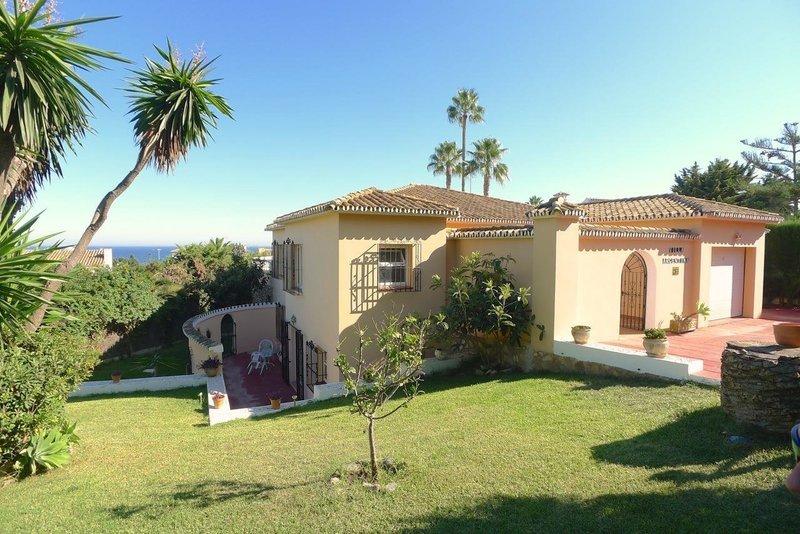 Villas for Sale in El Chaparral