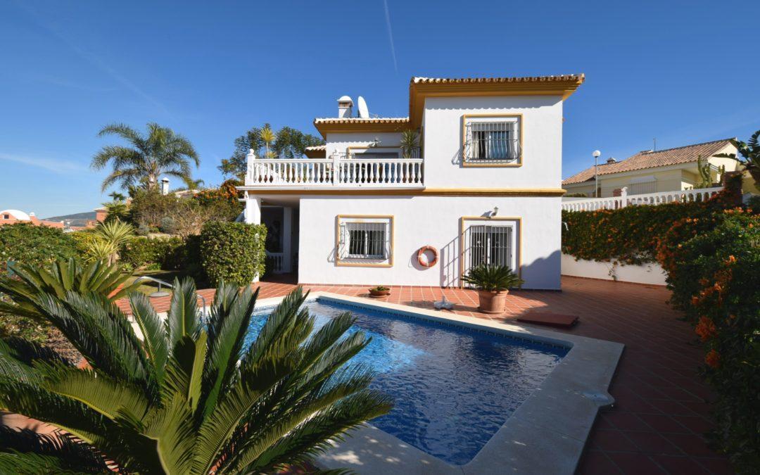 Villas for Sale in Cerros de Aguila