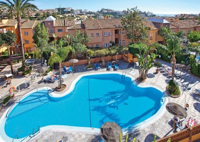 2 Bedroom Middle Floor Apartment in Mijas Costa (3)