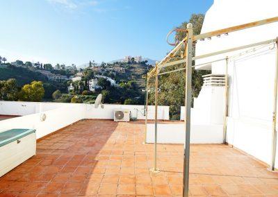 2 Bedroom penthouse in Benalmadena Costa (7)