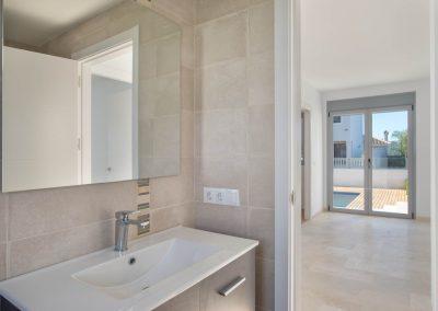 cheap villa for sale in fuengirola (25)
